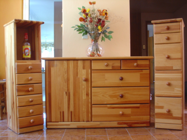 Se vende gran venta de garage for Muebles comodas modernas